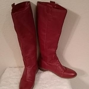 Red leather boots size 9 EUC